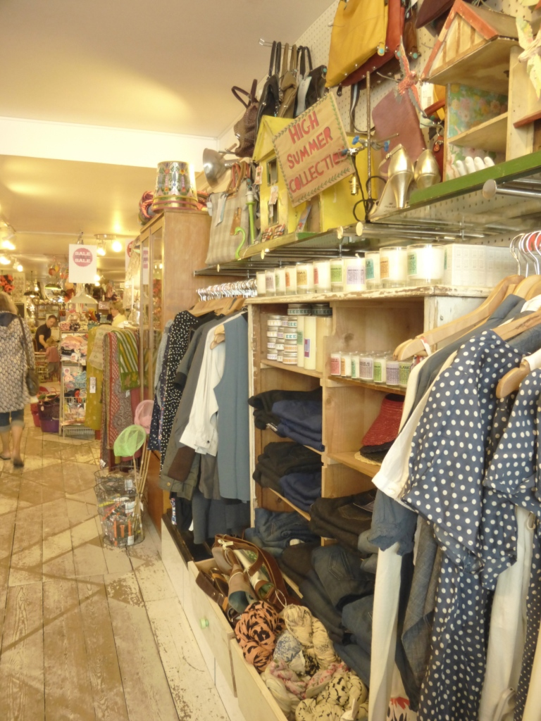 Gorgeous women's clothes, bags and accessories...great gift buying (for one's self)